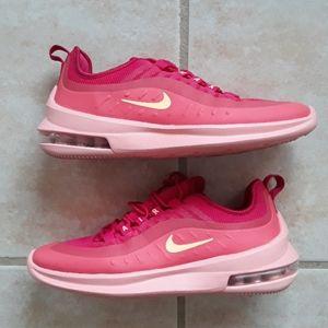 Nike Air Max Axis shoes
